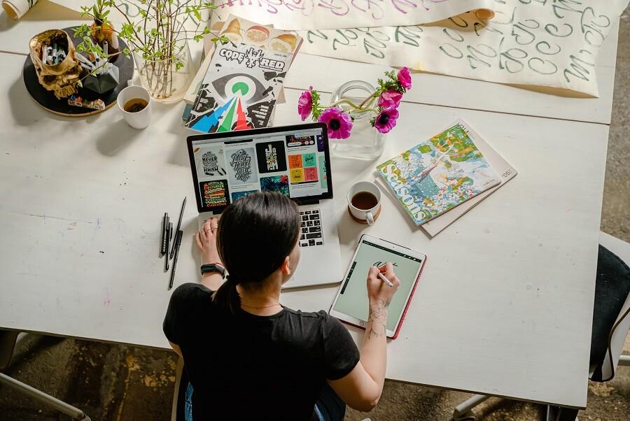 Artist working on online prints